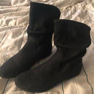 Aldo black short boots